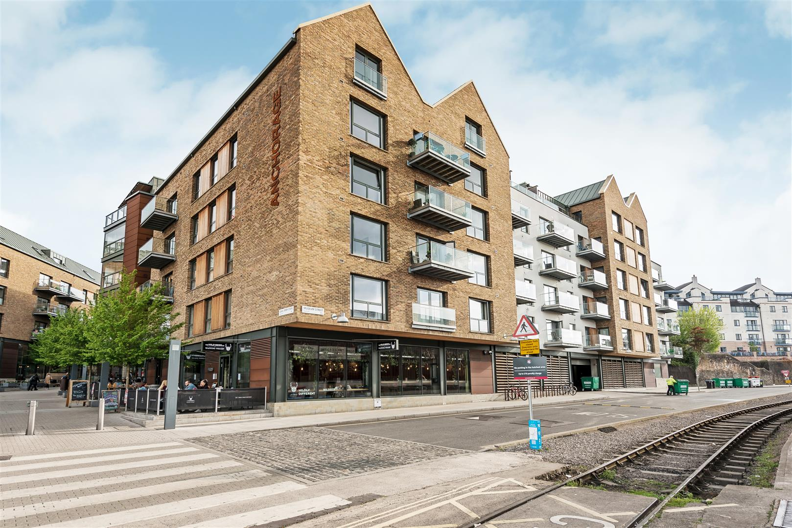 Images for Anchorage, Wapping Wharf EAID:hollismoapi BID:1