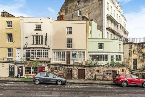 View Full Details for HOUSE WITH POTENTIAL - CLIFTON VILLAGE - EAID:hollismoapi, BID:11