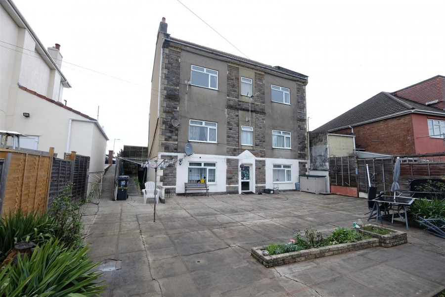 Images for BLOCK OF FLATS + POTENTIAL - ST GEORGE EAID:hollismoapi BID:11