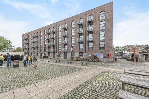 View Full Details for MODERN 1 BED - REDUCED PRICE FOR AUCTION - EAID:hollismoapi, BID:11