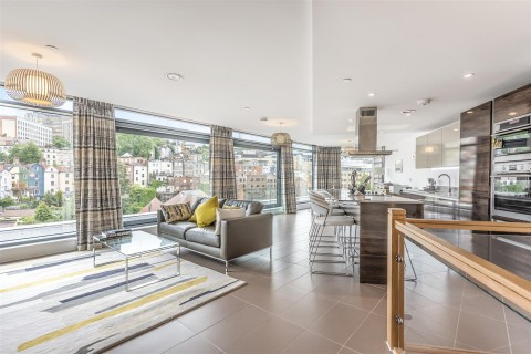 View Full Details for Colston Avenue, Bristol - EAID:hollismoapi, BID:1