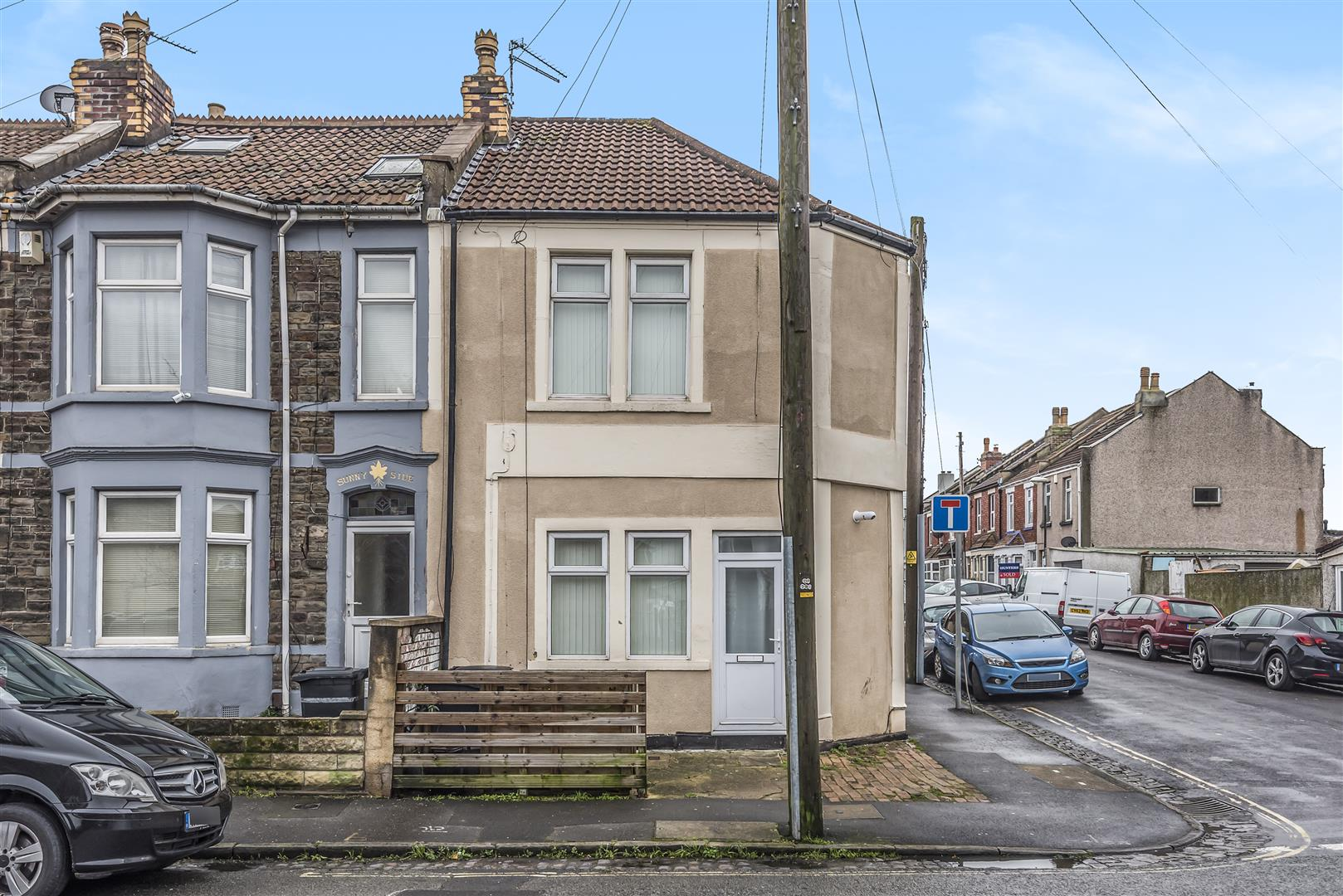 Images for BLOCK OF 3 FLATS - FISHPONDS EAID:hollismoapi BID:11