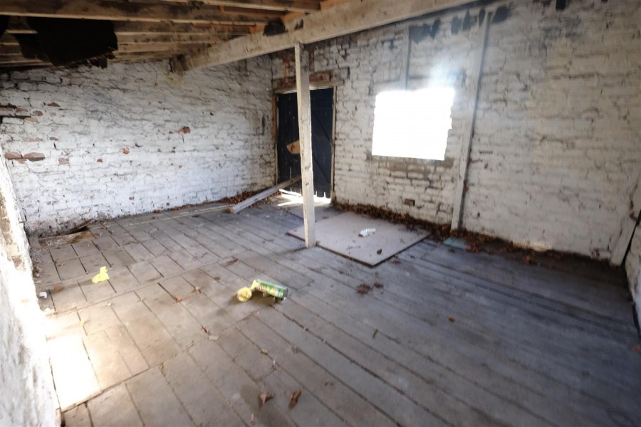 Images for COACH HOUSE WITH POTENTIAL - BRISLINGTON EAID:hollismoapi BID:11